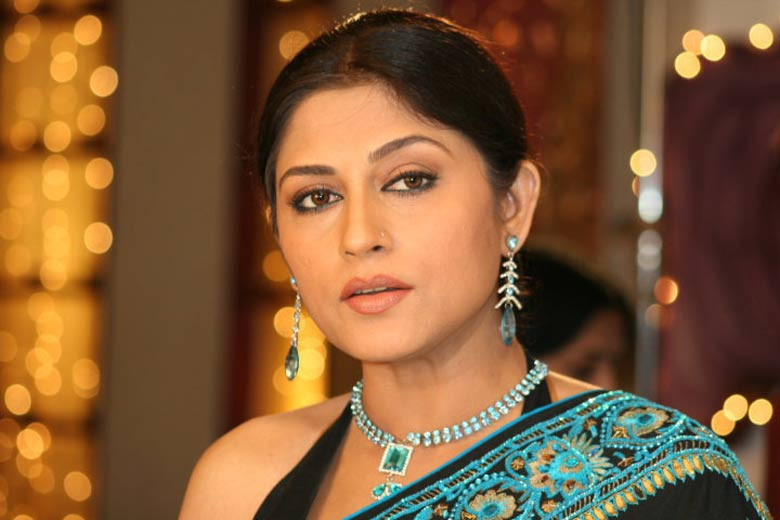 Roopa-1417271710