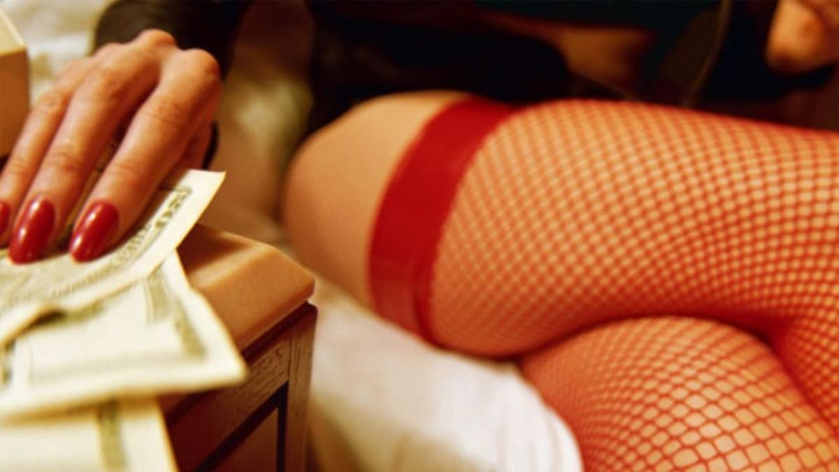prostitute+leg