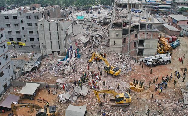 09_Rana+Plaza+Collapse_Savar_Day+7_300413