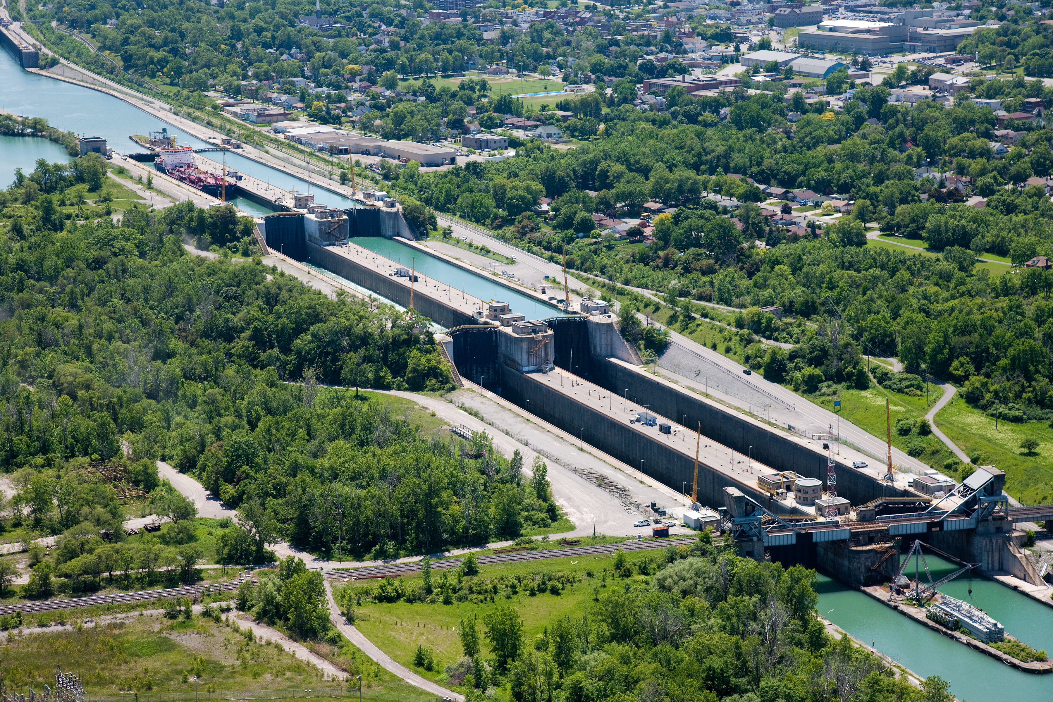 Welland Canal: Waterway Wonder