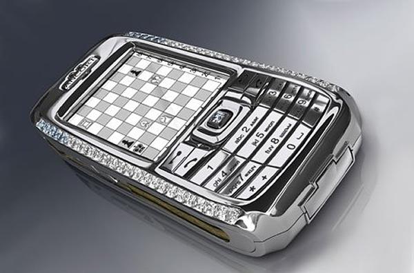Diamond-Crypto-Smartphone-2