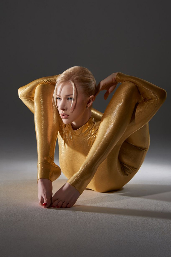 Zlata-The-Worlds-Bendiest-Woman-1