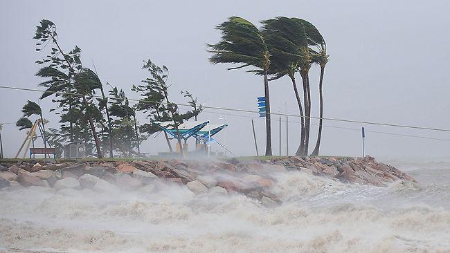 400639-cyclone-yasi