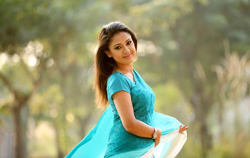 Sonia-Hossain-10
