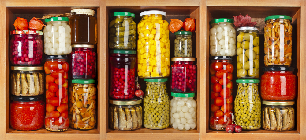 food-storage-shelving-pantry