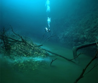 under-water-river-pic3
