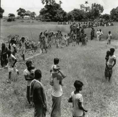 ভারত-অভিমুখে-বাংলাদেশী-শরনারথী-কুমিল্লা-১৯৭১