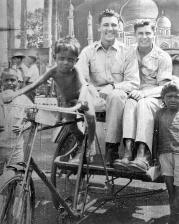 ২য়-বিশ্বযুদ্ধের-সময়-ঢাকায়-আমেরিকান-সৈন্য-১৯৪৫