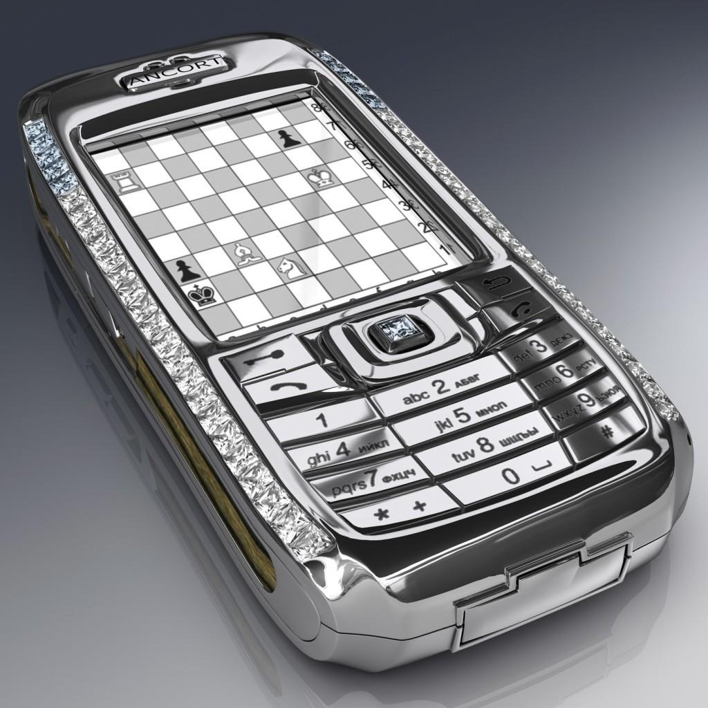 HELLOPOP_1421585101_4-10._The_Diamond_Crypto_Smartphone_–__1_300_000