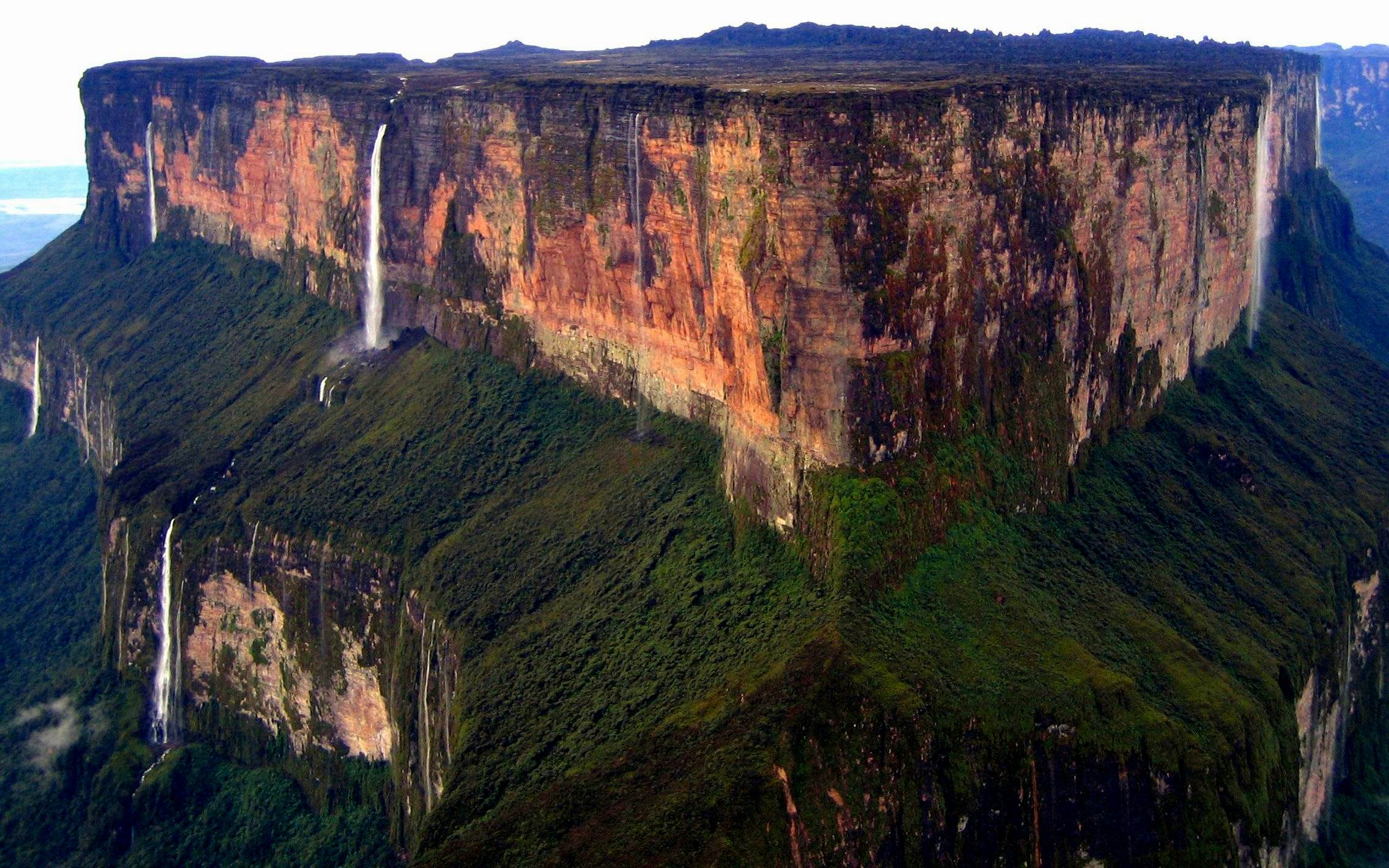 Mount-Roraima-10-Desktop-Backgorund