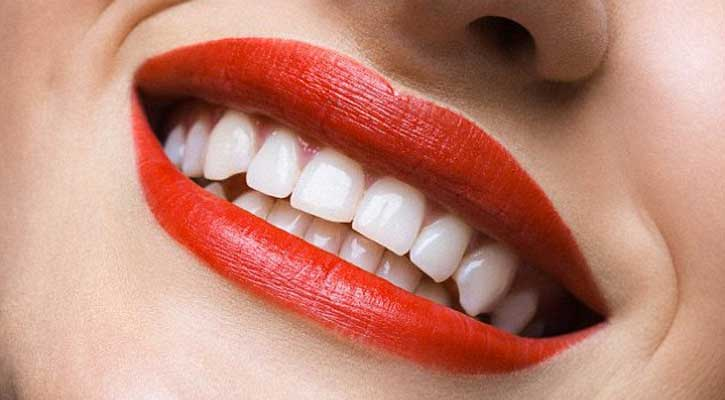 Tooth_104751076