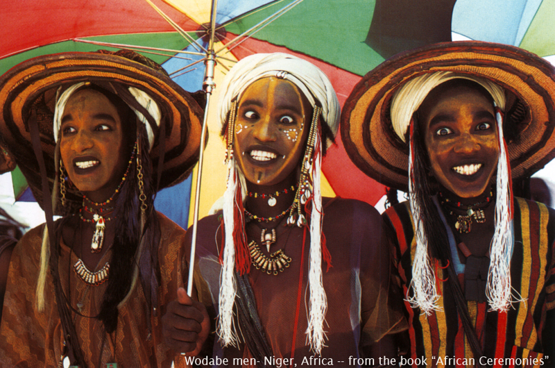 body_painting_Africa_Wodabe_Niger_AfricanCeremonies_agostinoarts