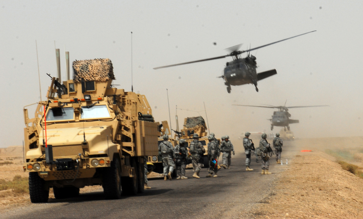 flickr-the-u.s.-army-humanitarian-assistance-arrival