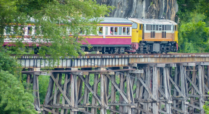 10-the-death-railway_1436778513_725x725