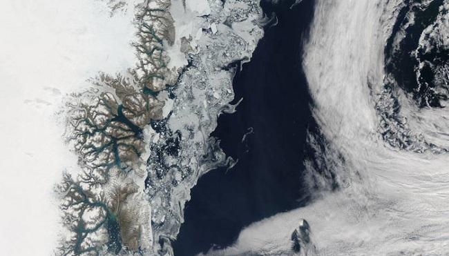 394146-ice-sea