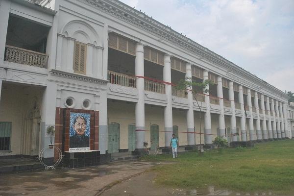 savar adhar chandra school closed news 04.08.1_77274