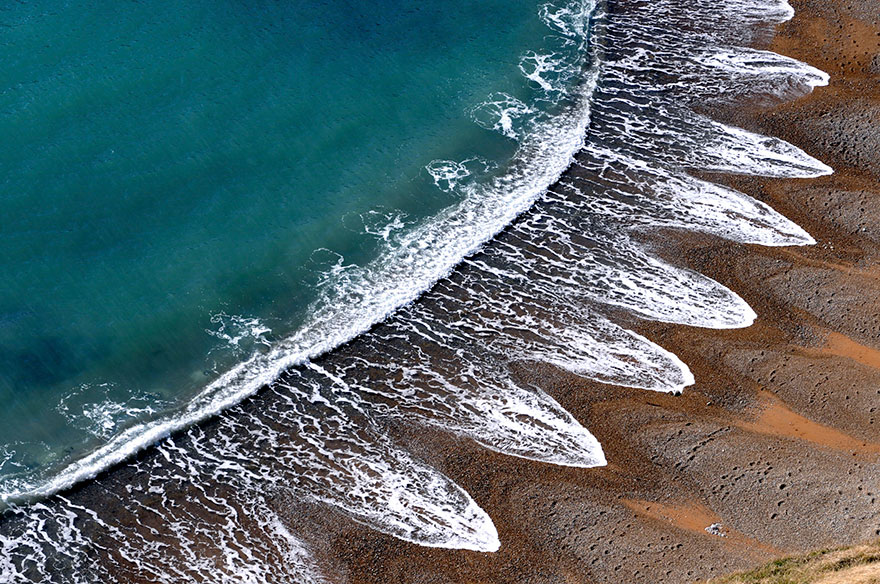 beach-cusps-sand-patterns-waves-1