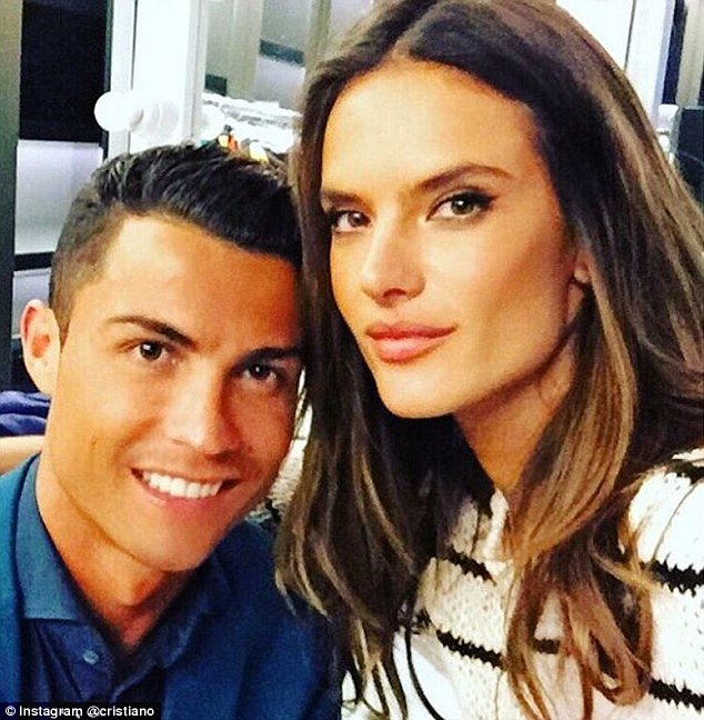 2D79E77100000578-3276049-Cristiano_Ronaldo_poses_with_Alessandro_Ambrosio_after_filming_t-m-90_1445009415301