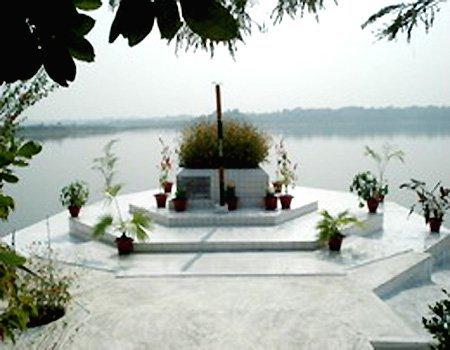 virashreshtha-munsi-abdur-rouf-memorial-rangamati