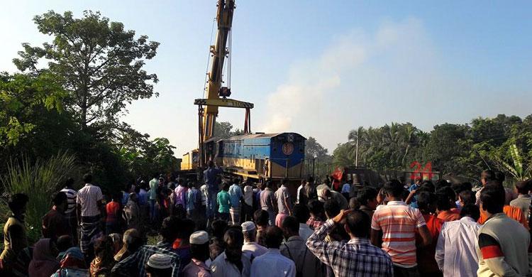 Natore-train-accident-1