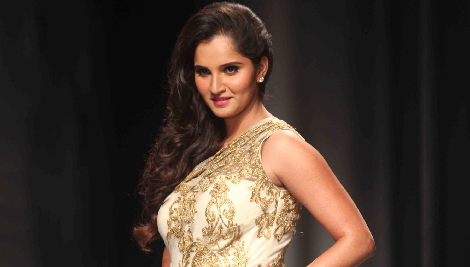 Sania-Mirza-Gorgeous-Ram-Walk