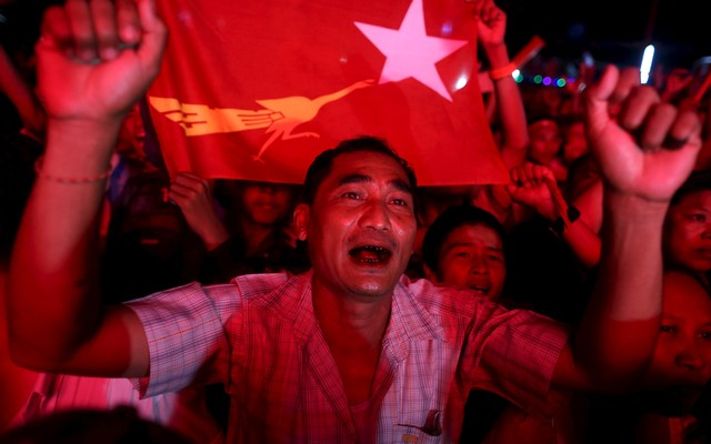Supporters+of+Myanmar+opposition+leader+Aung+San+Suu+Kyi+celebrate+partial+results