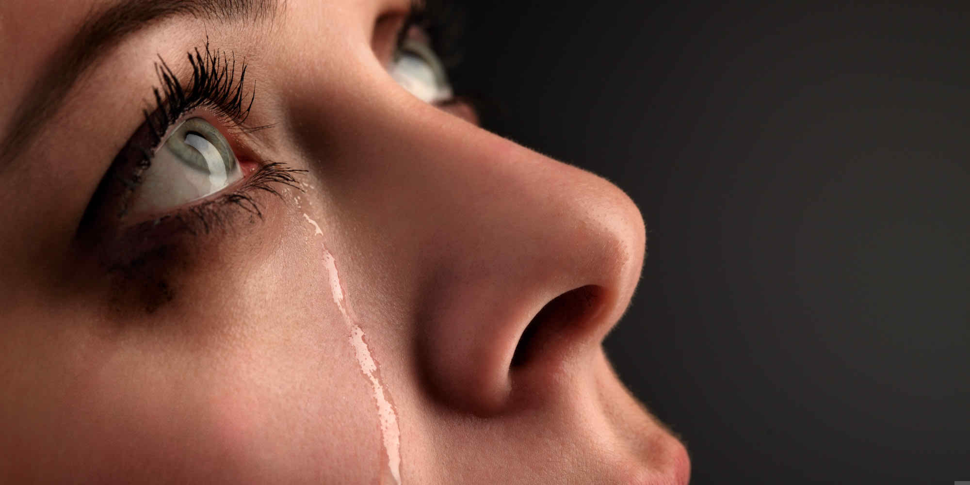 o-WOMAN-CRYING-facebook