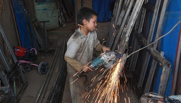 Child-workers-600x342