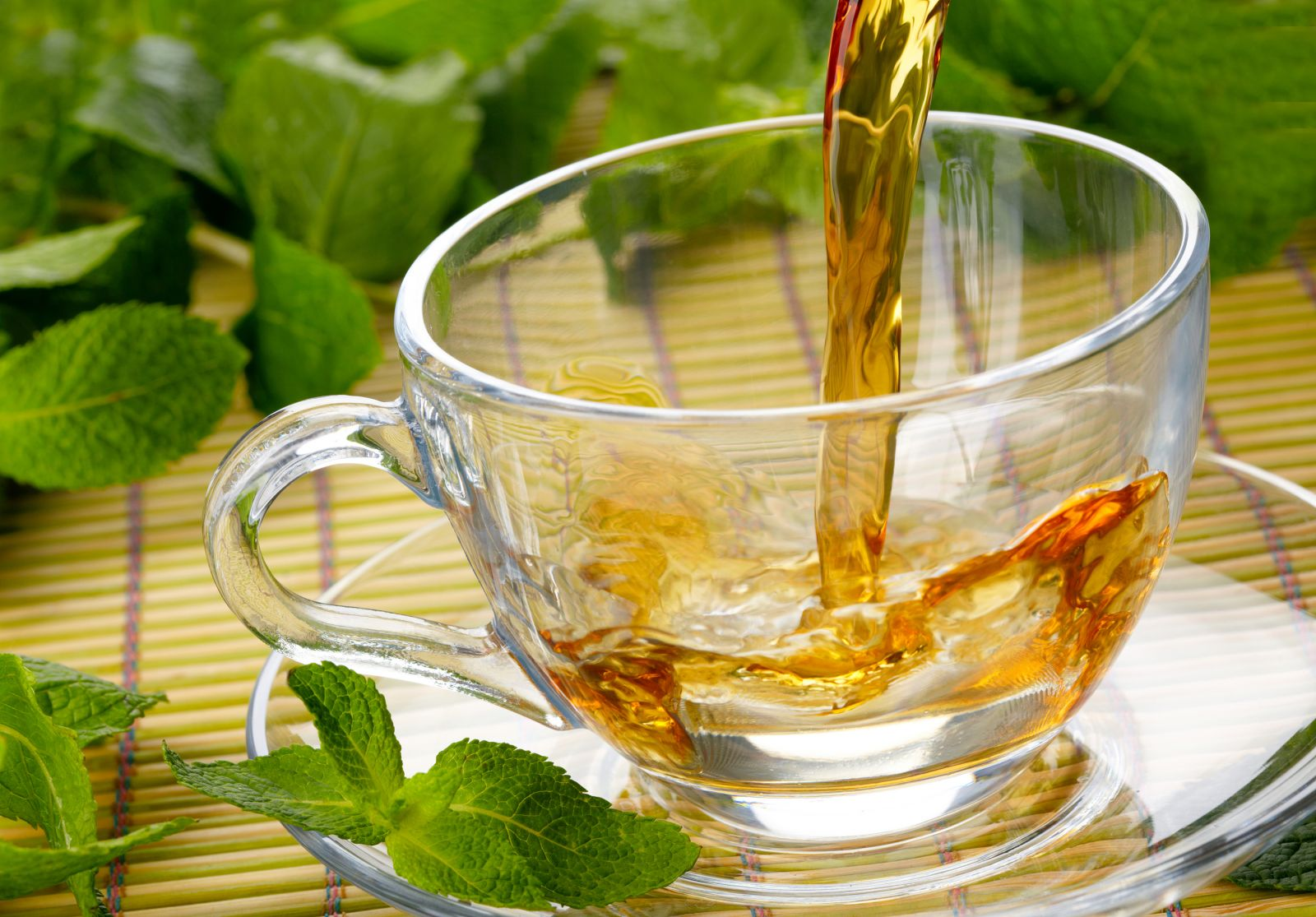 Discovering-The-Health-Benefits-of-Herbal-Teas2_0