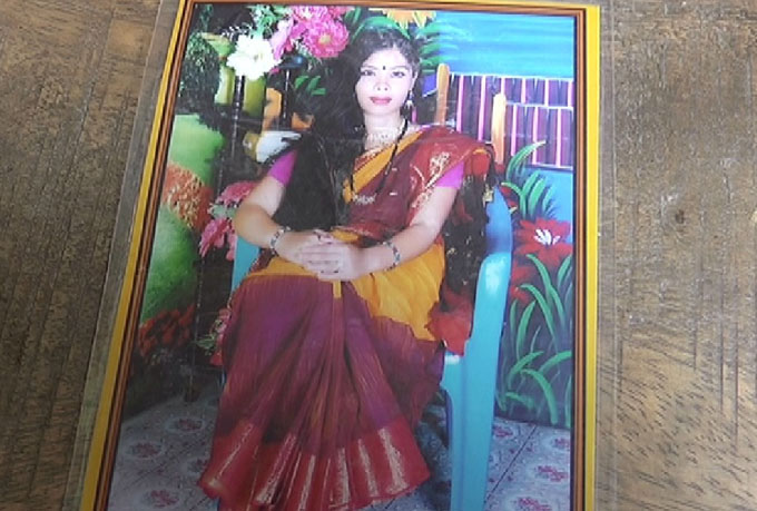 Madaripur 04-12-15 (House Wife Murder) Picture-01