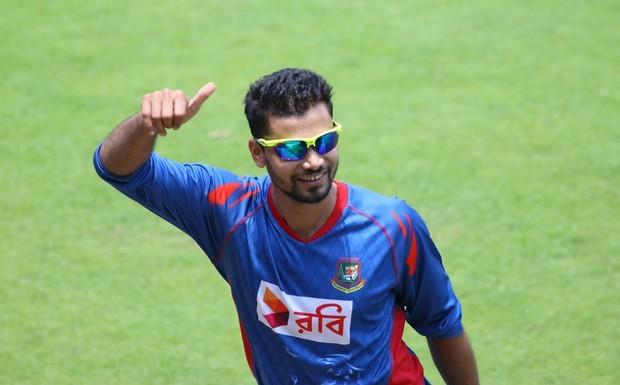 Mashrafe-Mortaza-urges-Bangladesh-to-remain-realistic-against-India-620x385