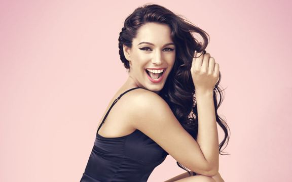 kelly-brook-background-wallpapers