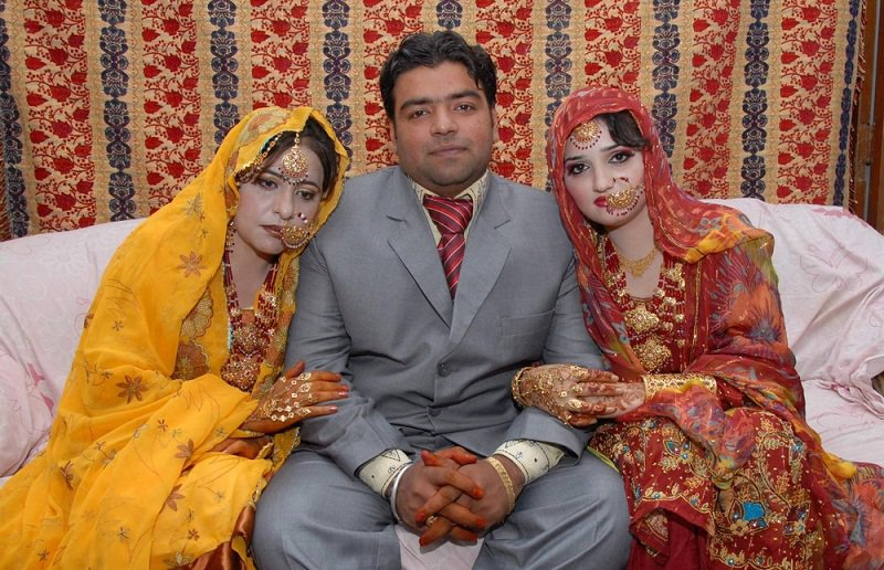 two-wife biye