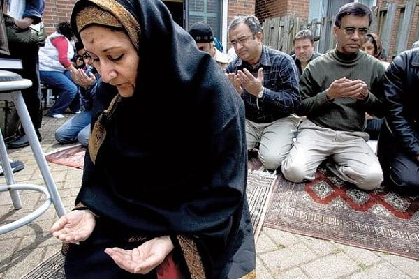 women imam_98830