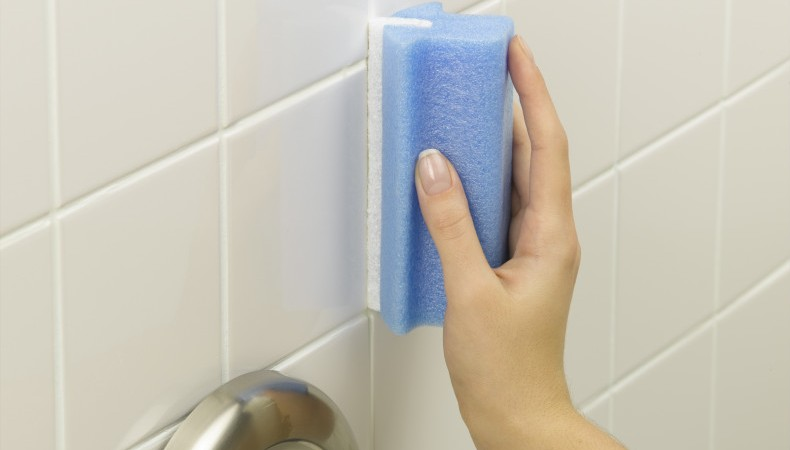 How-to-Clean-Natural-a-Shower-Tile_0