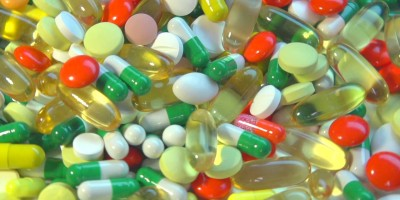 stock-footage-medical-pills-falling-down-medicine-concept-treatment-many-coloured-capsules-pills-fall-and-run