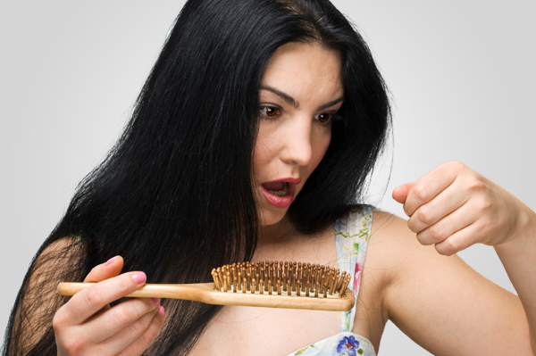 woman-suffering-from-hair-loss2_0