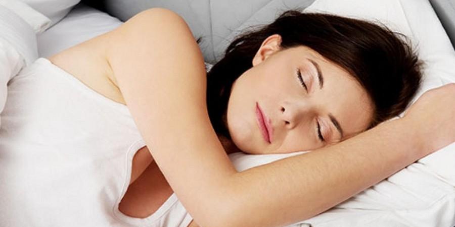 800-woman-sleeping-2