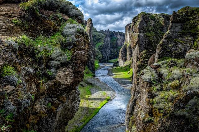 Fjaðrárgljúfur-Photo-by-Gretar-Skulason_0
