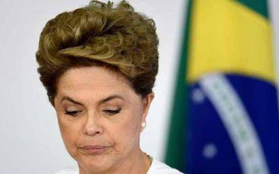 Rousseff1460948882