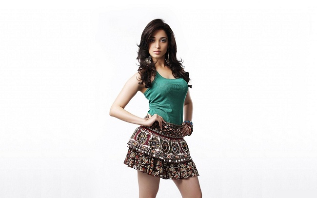 Tamanna-Bhatia-short-dress-looking-hot