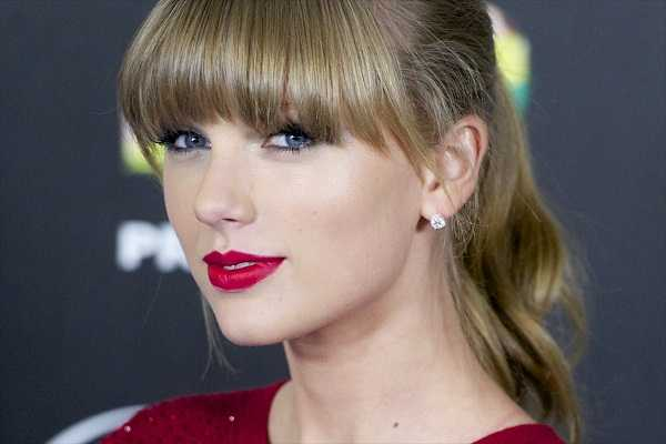 taylor-swift-single-announcement-08-05-2015pic-2_112166_0
