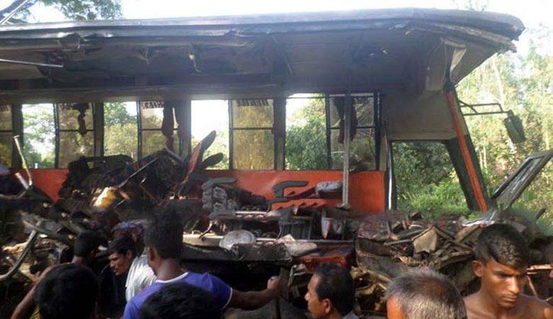 Bogra-accident3201606030859341464923096