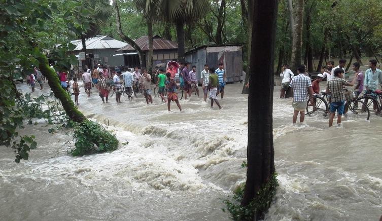 Noakhali-flood-pic01.08.15