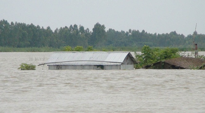 kurigram-flood-photo-(1)-29.07.16_121884