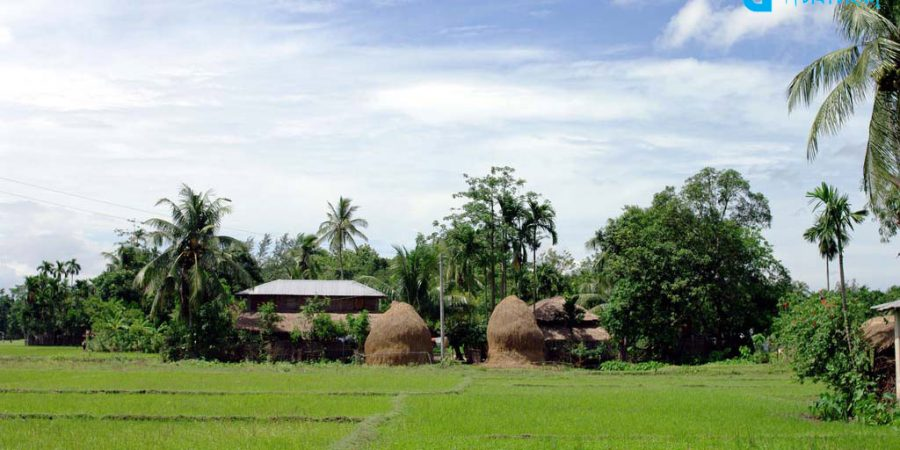 village-and-the-imposing-landscapes