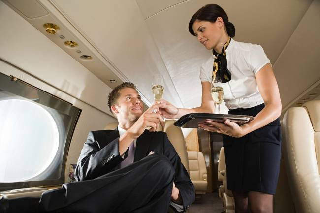 11-13-things-your-flight-attendant-wont-tell-you-first-class