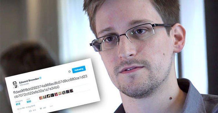 Edward-Snowden20160807220321