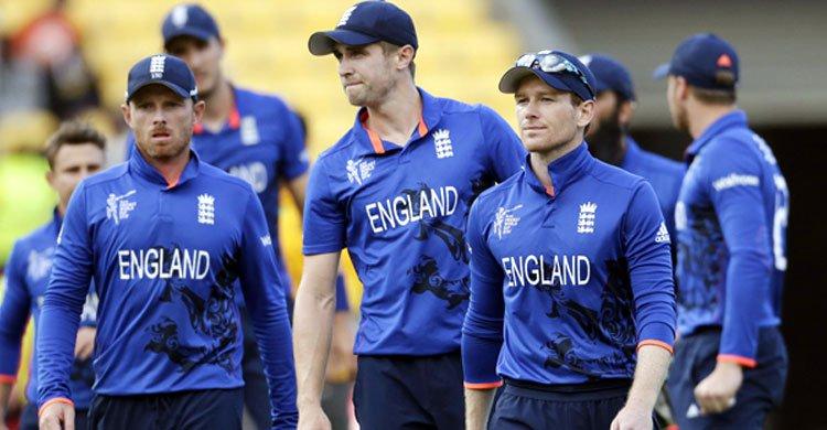 England-cricket-team-lrg20160826034538