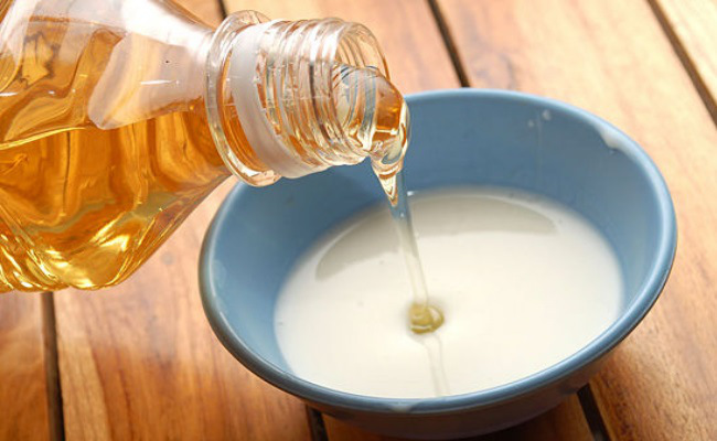 milk-and-honey-cleanser